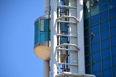 elevador asegurado