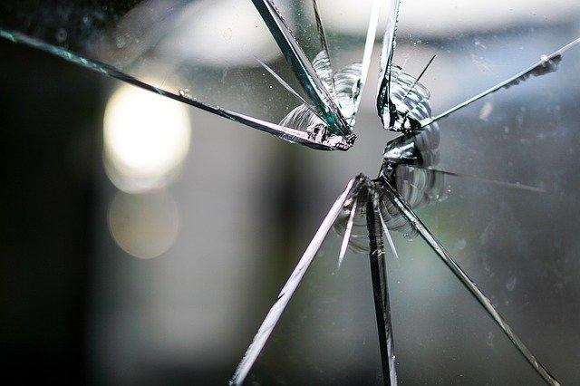 como reclamar daños causados en una comunidad de vecinos